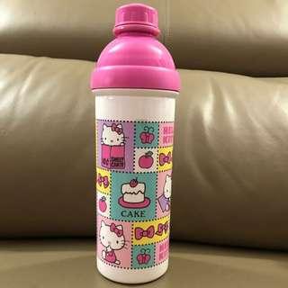 Brand new Hello Kitty Spout Water Bottle 600ml