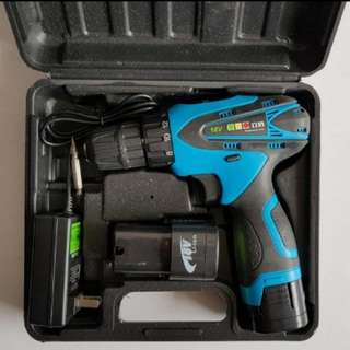 New 18Volts Cordless Drill/Driver
