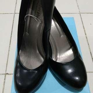 Comfort plus karmen shoes