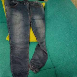 jogger jeans size 33