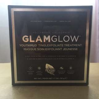 Glamglow youthmud tinglexfoliate mud mask