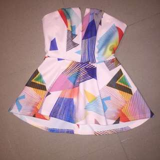 Valleygirl Geometric Top
