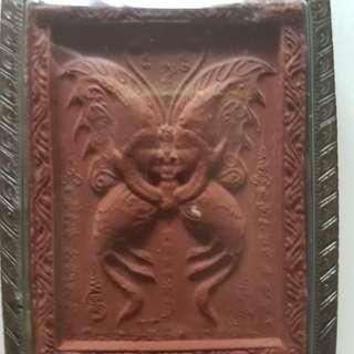 Thai amulets Butterfly mongdam