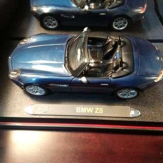 BMW Z8 跑車模型