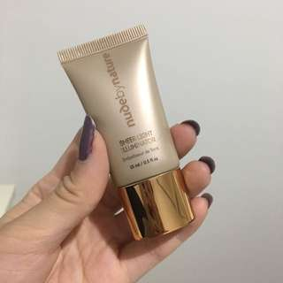 Nude by Nature Illuminator