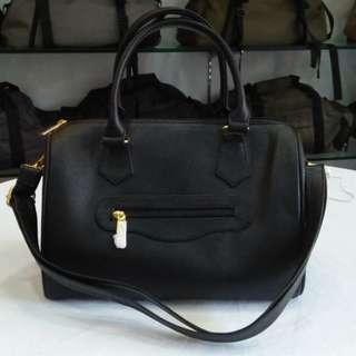 GAIL shoulder / sling bag