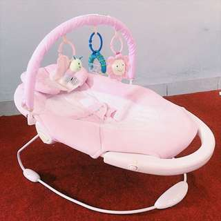 Mastela Cradle and Soothe Baby Bouncer