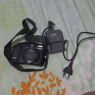 Canon G12 camera