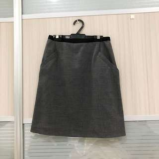 H&M formal office skirt
