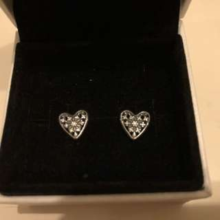 Pandora Hearts of Winter Earring Studs 心心耳環