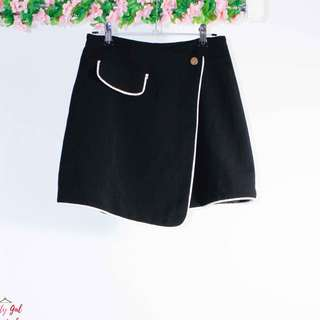 WRAP AROUND MINI SKIRT