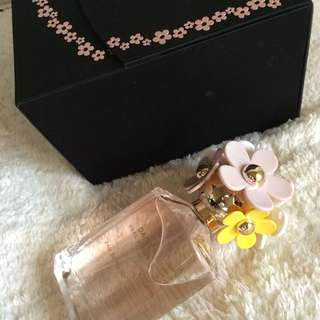 Authentic Marc Jacobs Daisy Eau So Fresh perfume in its original box
