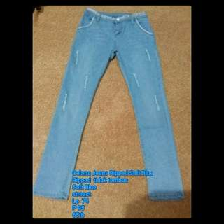 Celana Jeans Ripped Soft Blue