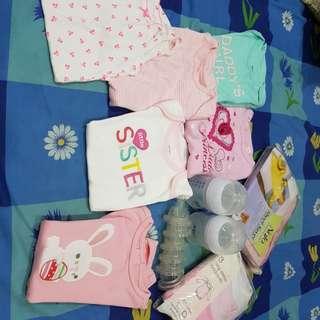 Bundle sale baby girl 9-24mths essentials