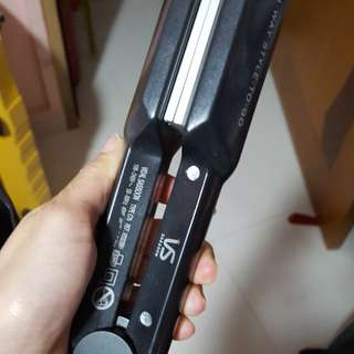 VS Vidal Sassoon Hair Straightener