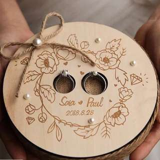 Rustic Wedding ring holder / ring box - round