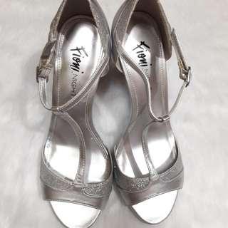 Fioni Night Strappy Silver Heels