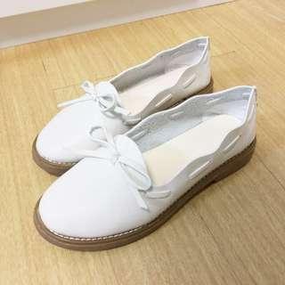 韓版白色平底鞋