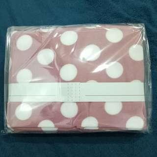 🚚 全新 MONTAGUT夢特嬌 休閒毯 可愛點點 粉色