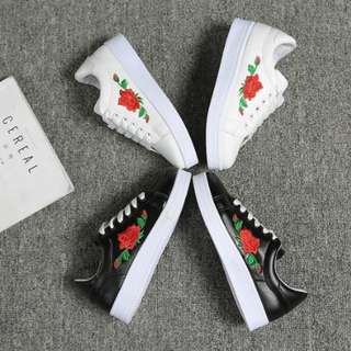 Gucci rose embroidered shoes