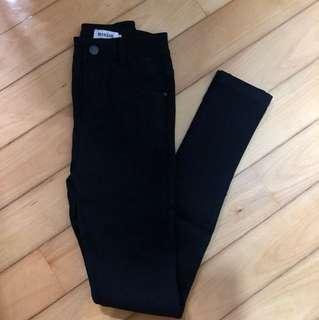女裝黑色貼身彈性長褲