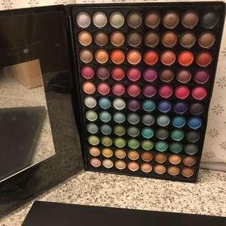 Eyeshadow blusher highlighter bronzer Make Up Palette