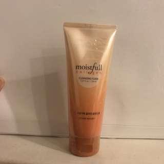 Brand new Etude House Moistfull Collagen Cleansing Foam
