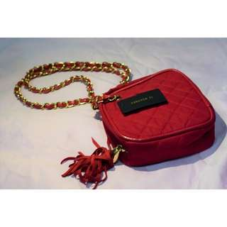 FOREVER 21 red quilted chain bag