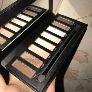 Artdeco most wanted to go nude