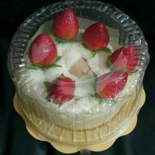 草莓毛巾生日蛋糕