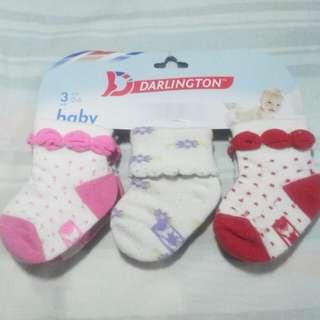Darlingtin socks and hush hush top 0-6