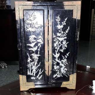 Antique 1900s to 1930s Chinese mother of pearl & the old jewell cubbord bank it's heavy a rare real antique price subject to increse without notification  / No dealers pls