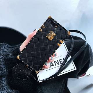 Instocks 3 Colors Black Red White No Logo Classy PU Leather GHW iTrunk Petite Malle Full Coverage Style Mobile Hand Phone Case Casing Cover Apple IPhone 6/6S, 6/6S Plus, IPhone7, 7Plus, IPhone8, 8Plus & IPhone X(Ten (tags lv louis vuitton chanel valentino