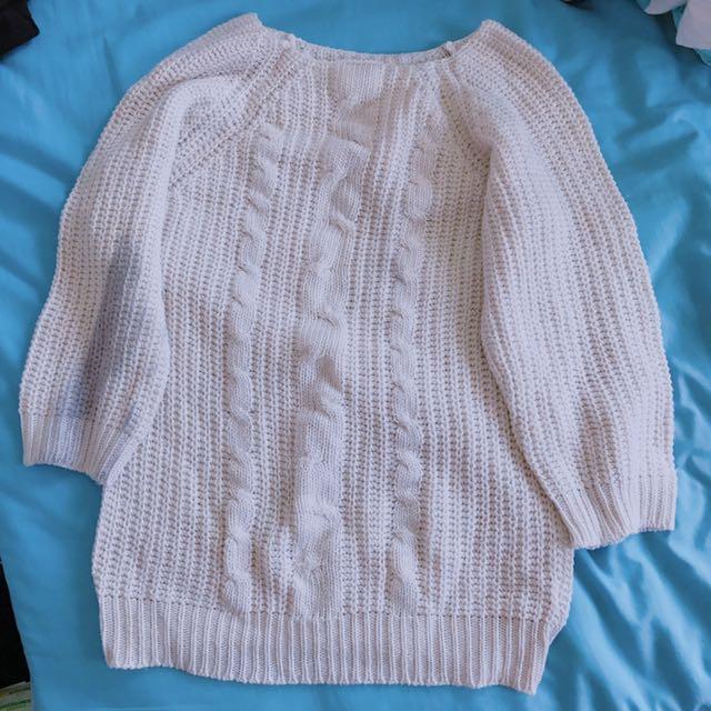 純白針織衫