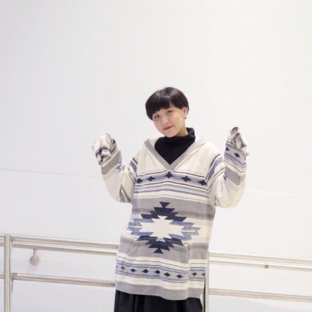白色 針織民俗圖騰 連帽毛衣 長版針織毛衣