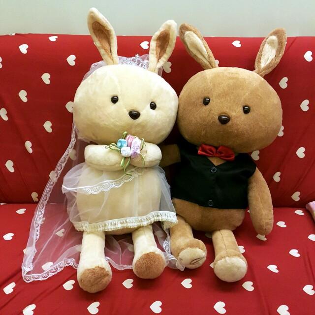 伊莎貝爾可愛兔子結婚娃娃 公仔 婚宴佈置 玩偶 婚紗 抱枕 情人節 求婚 婚禮 rabbit 廚窗佈置