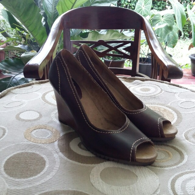 Aerosoles Leather Brown Wedges Authentic