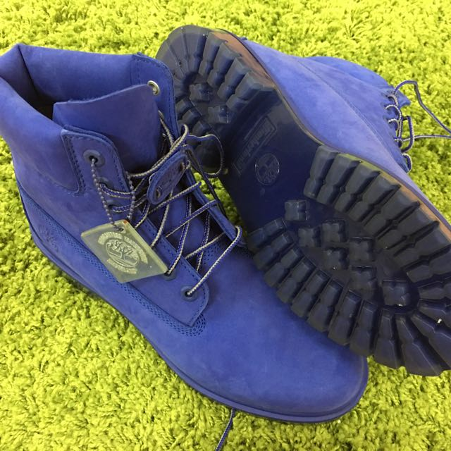 Authentic Timberland Men's Boots 6