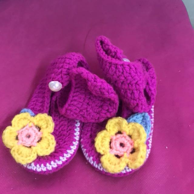 Babies shoes (crochet)