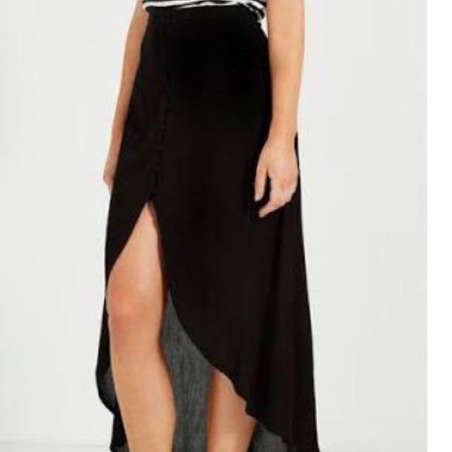 Black Midi Cutaway Skirt