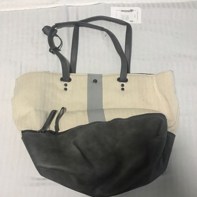 Brand New! Fabletics The Canal Day Tote (Gym Bag)