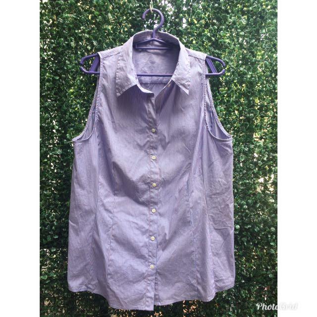 Button down sleeveless