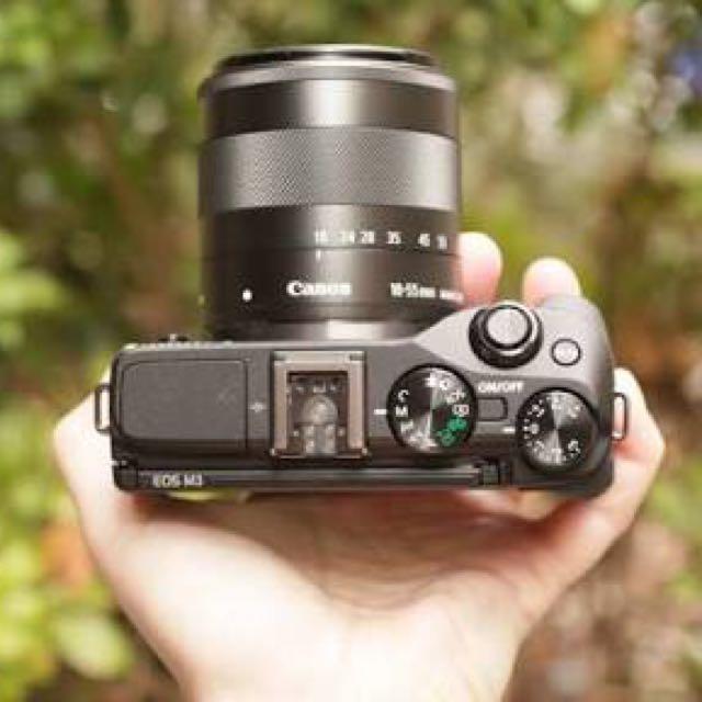 Canon eosm3