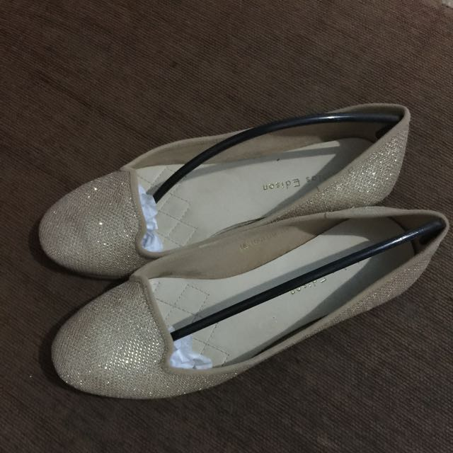 Flat Shoes Nicholas Edison