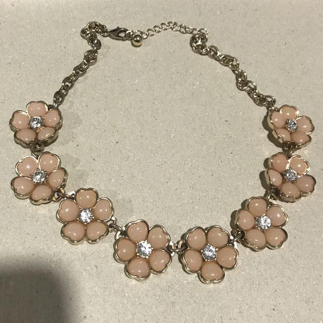 Forever21 Floral Necklace
