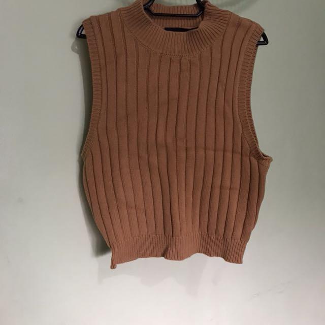 Forever 21 knitted short sleeved top