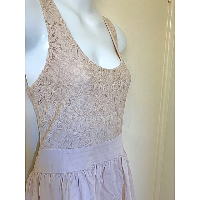 Forever New Blush Pink sweet lace dress Size 10