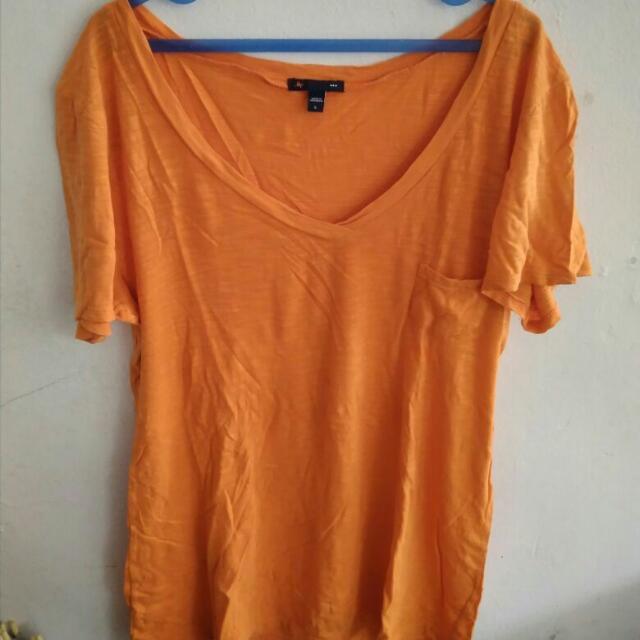 Gap Orange