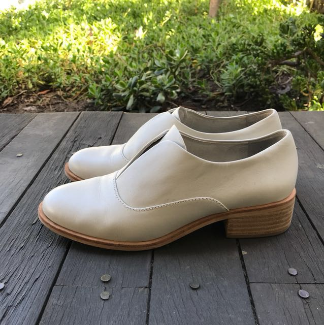Gorman Lunchtime Loafer in Stone Size 39