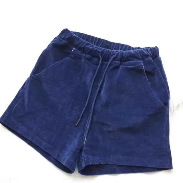 Gowigasa velvet shorts / celana pendek highwaist hw